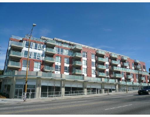 Condo Apartment at 211 3811 HASTINGS STREET, Unit 211, Burnaby North, British Columbia. Image 16