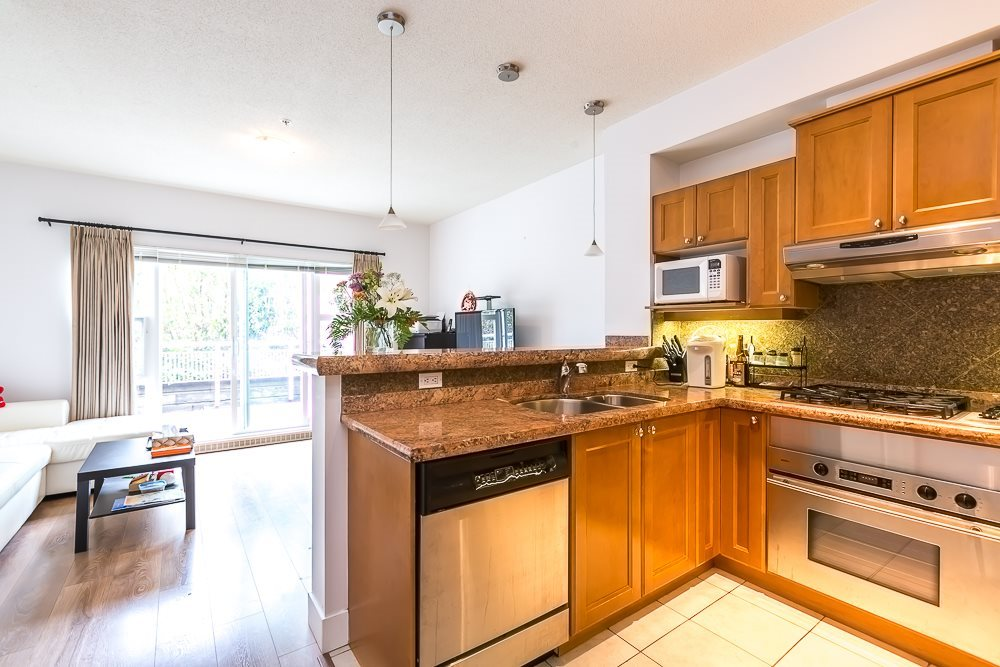 Townhouse at 342 5790 EAST BOULEVARD, Unit 342, Vancouver West, British Columbia. Image 9