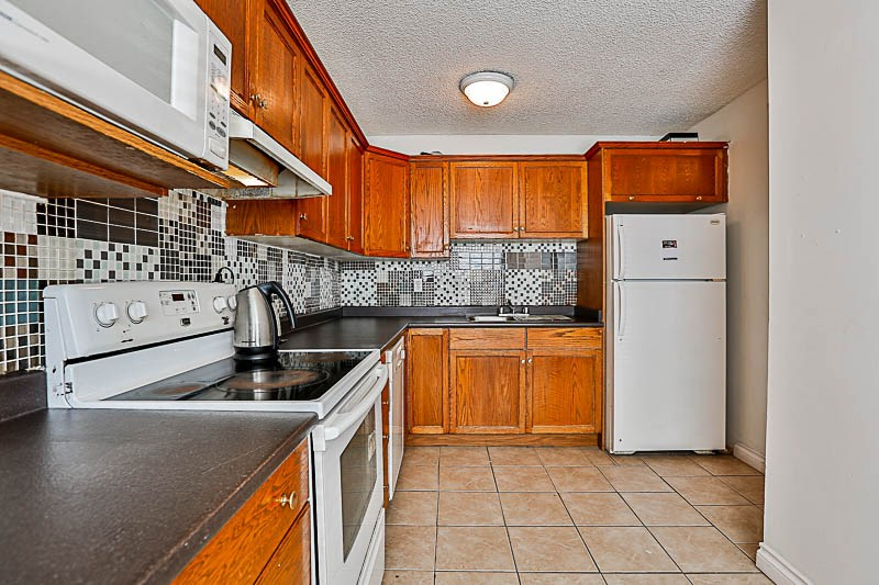 Townhouse at 217 27411 28TH AVENUE, Unit 217, Langley, British Columbia. Image 2