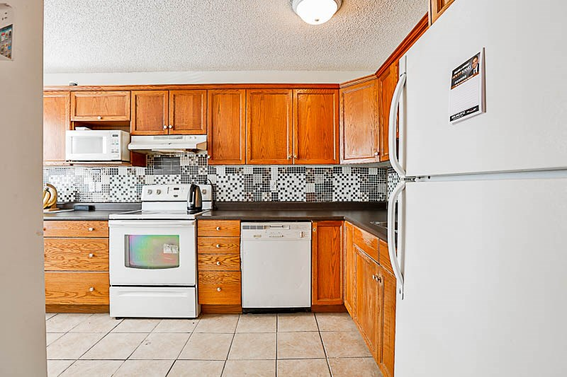 Townhouse at 217 27411 28TH AVENUE, Unit 217, Langley, British Columbia. Image 4