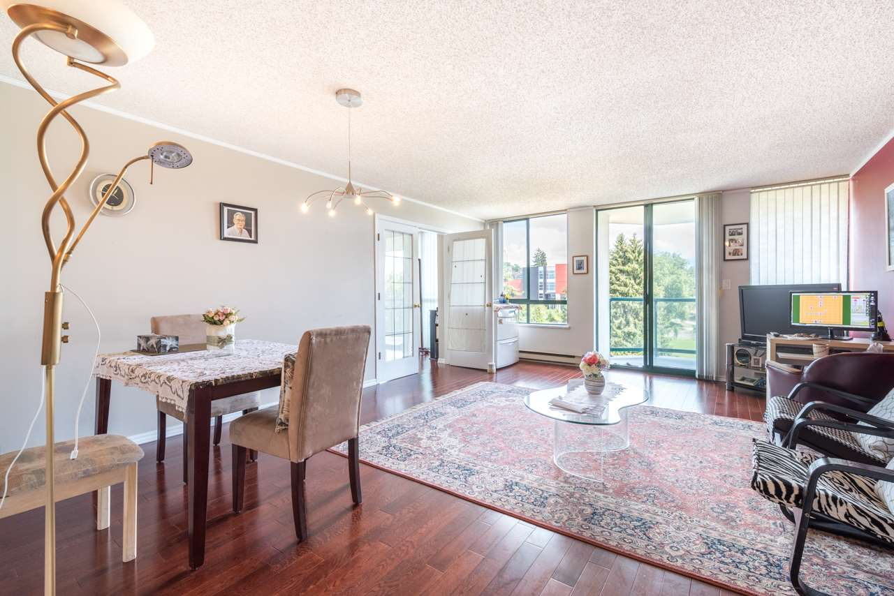 Condo Apartment at 901 121 TENTH STREET, Unit 901, New Westminster, British Columbia. Image 4
