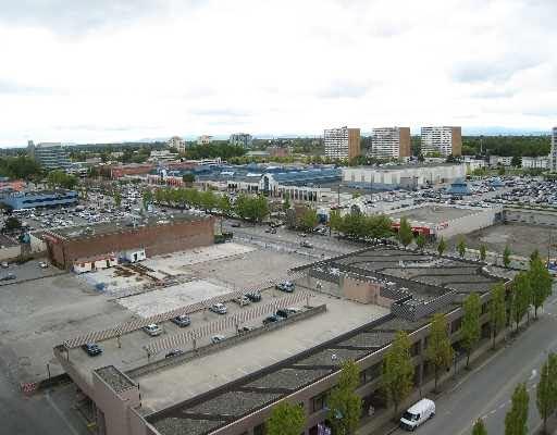 Condo Apartment at 1404 8171 SABA ROAD, Unit 1404, Richmond, British Columbia. Image 3