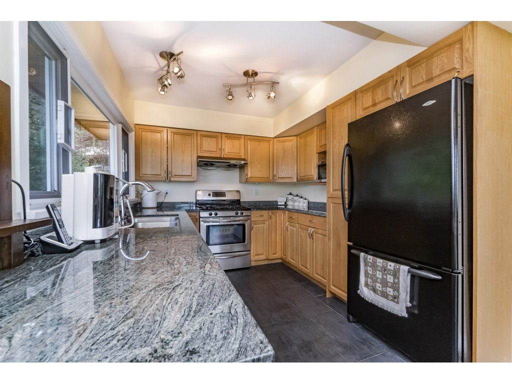 Detached at 7324 BRAESIDE DRIVE, Burnaby North, British Columbia. Image 7