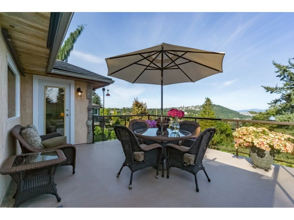 Detached at 7324 BRAESIDE DRIVE, Burnaby North, British Columbia. Image 15