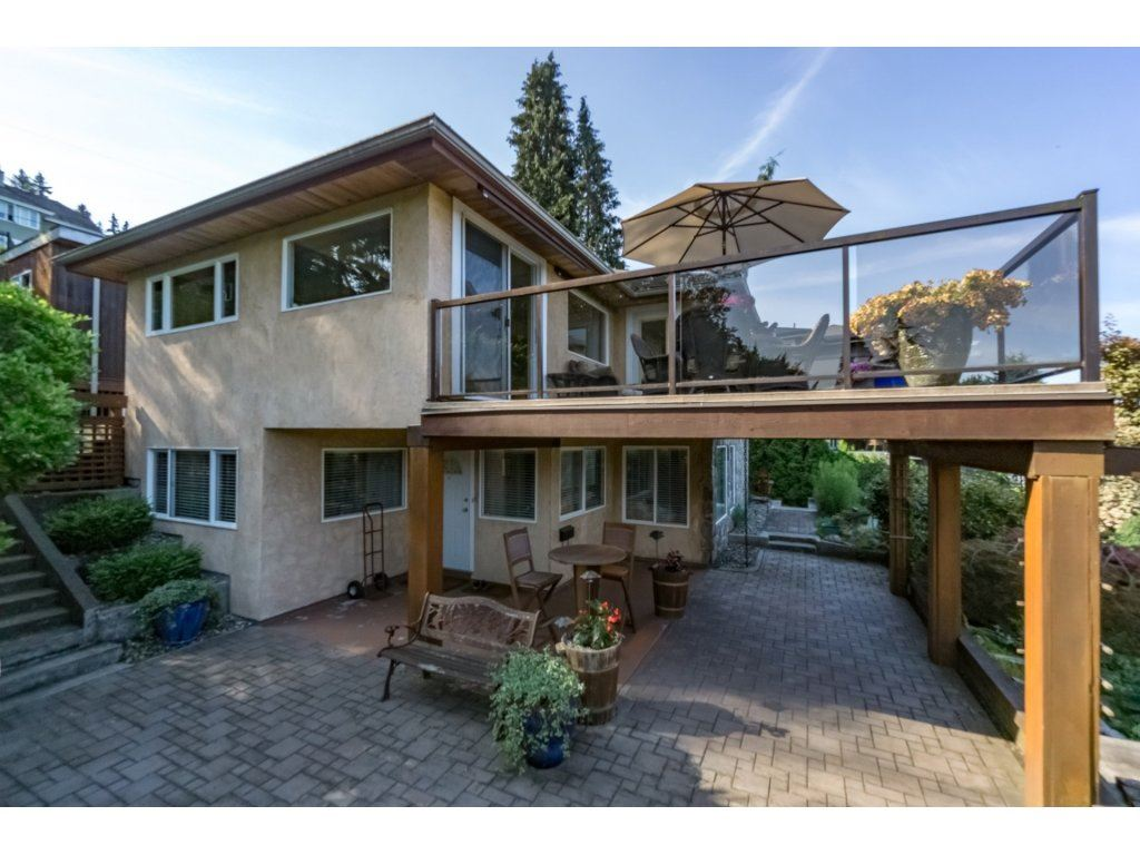 Detached at 7324 BRAESIDE DRIVE, Burnaby North, British Columbia. Image 19