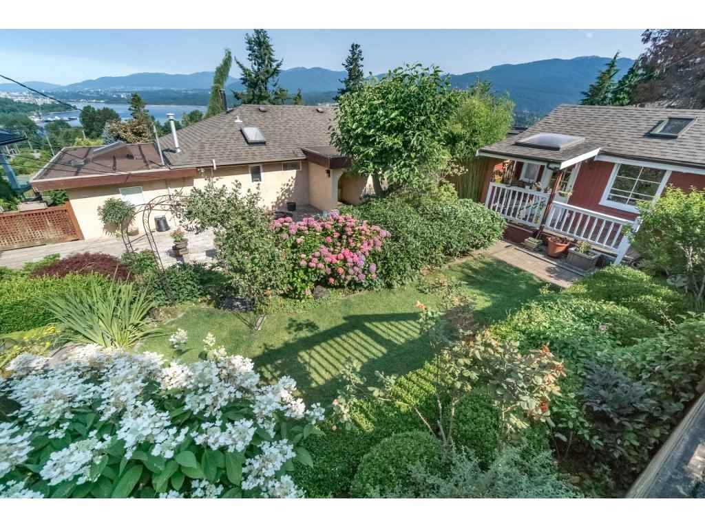 Detached at 7324 BRAESIDE DRIVE, Burnaby North, British Columbia. Image 20
