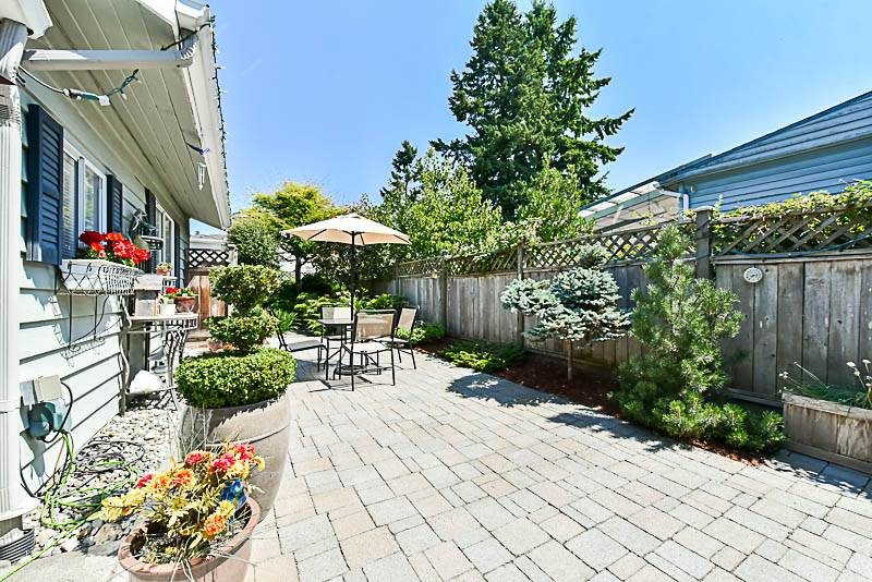Detached at 6902 PATTERSON AVENUE, Burnaby South, British Columbia. Image 19