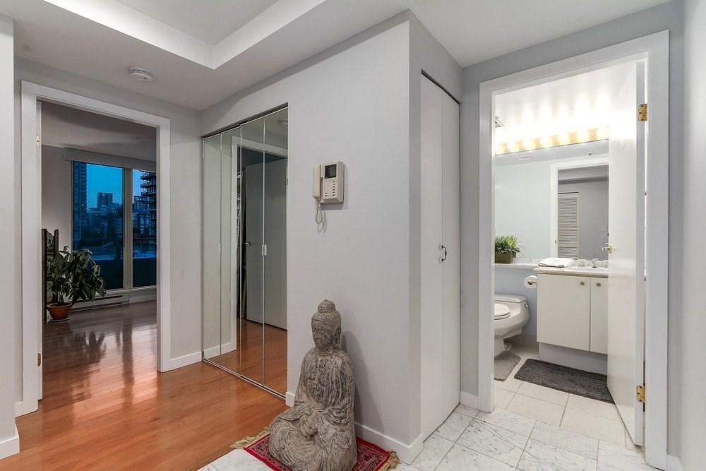 Condo Apartment at 1204 1501 HOWE STREET, Unit 1204, Vancouver West, British Columbia. Image 16