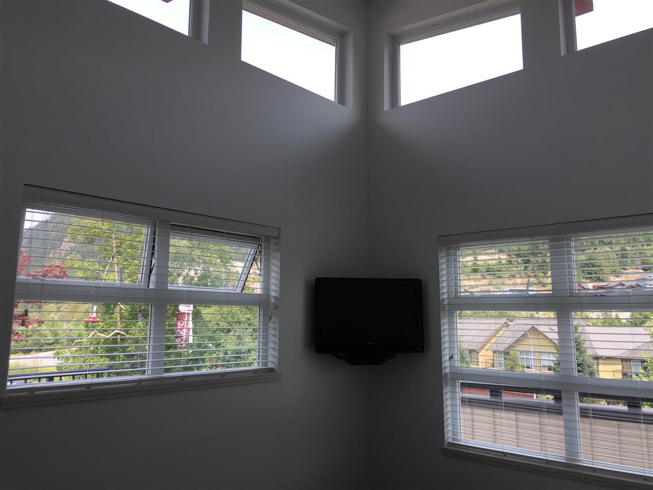 Condo Apartment at 324 41105 TANTALUS ROAD, Unit 324, Squamish, British Columbia. Image 6