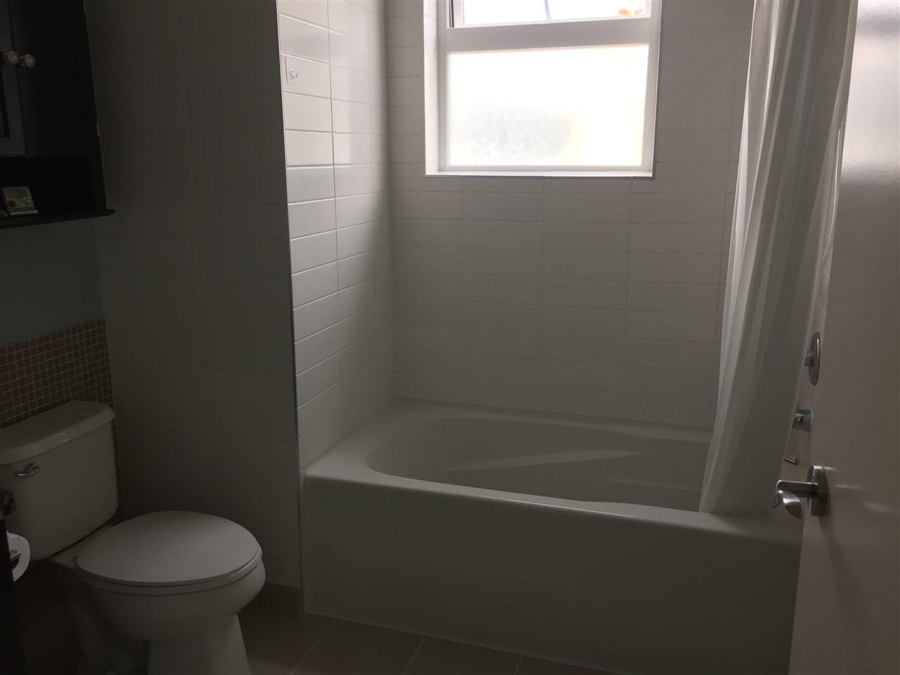 Condo Apartment at 324 41105 TANTALUS ROAD, Unit 324, Squamish, British Columbia. Image 8