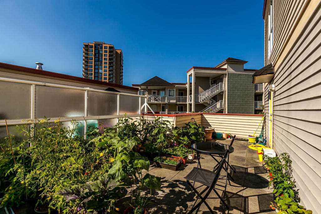 Condo Apartment at 423 528 ROCHESTER AVENUE, Unit 423, Coquitlam, British Columbia. Image 17