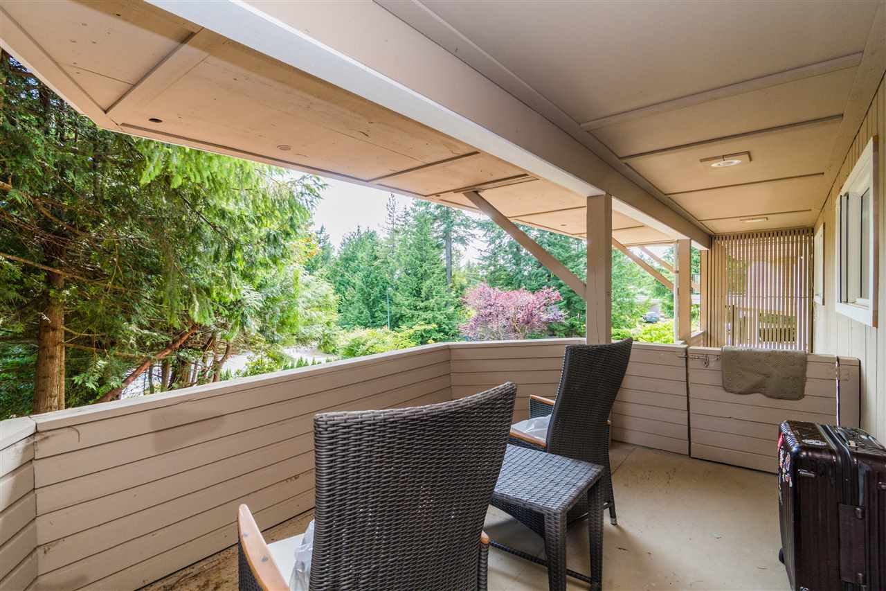 Detached at 4602 WOODGREEN DRIVE, West Vancouver, British Columbia. Image 17