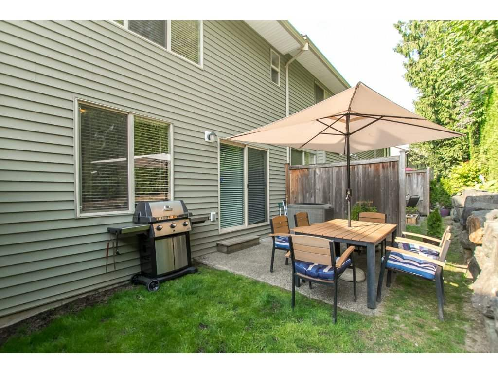 Townhouse at 27 46840 RUSSELL ROAD, Unit 27, Sardis, British Columbia. Image 2