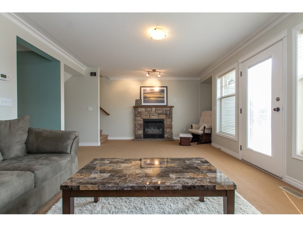 Townhouse at 27 46840 RUSSELL ROAD, Unit 27, Sardis, British Columbia. Image 3