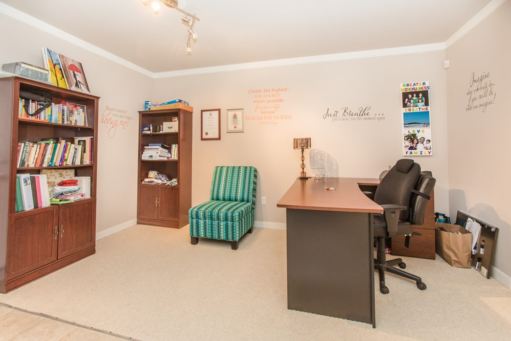 Townhouse at 102 3333 DEWDNEY TRUNK ROAD, Unit 102, Port Moody, British Columbia. Image 4