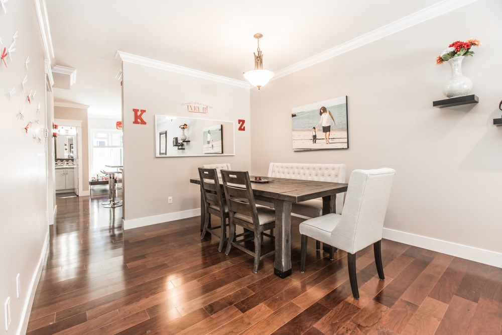 Townhouse at 102 3333 DEWDNEY TRUNK ROAD, Unit 102, Port Moody, British Columbia. Image 10