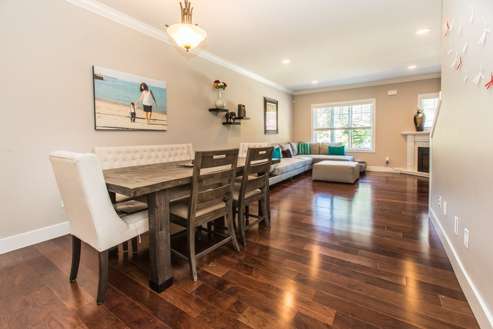 Townhouse at 102 3333 DEWDNEY TRUNK ROAD, Unit 102, Port Moody, British Columbia. Image 11