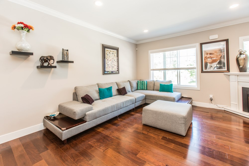 Townhouse at 102 3333 DEWDNEY TRUNK ROAD, Unit 102, Port Moody, British Columbia. Image 13