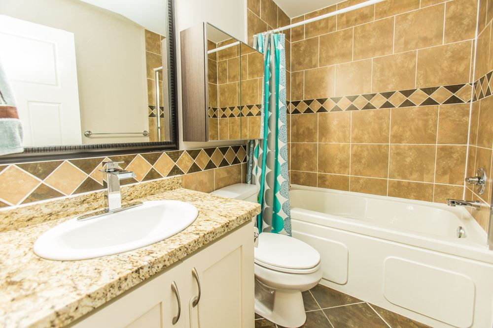 Townhouse at 102 3333 DEWDNEY TRUNK ROAD, Unit 102, Port Moody, British Columbia. Image 16