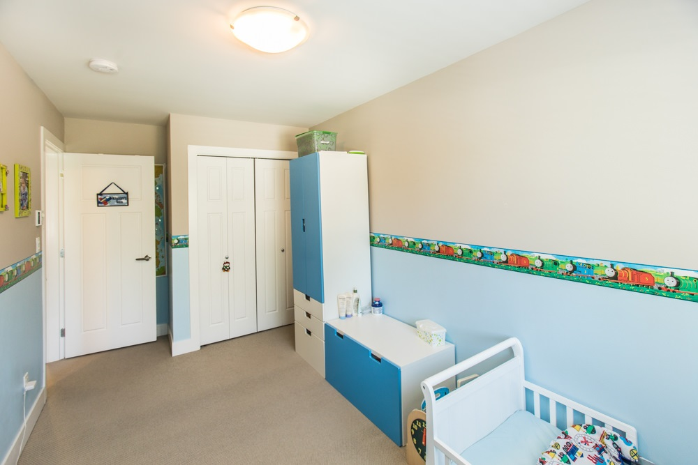 Townhouse at 102 3333 DEWDNEY TRUNK ROAD, Unit 102, Port Moody, British Columbia. Image 18
