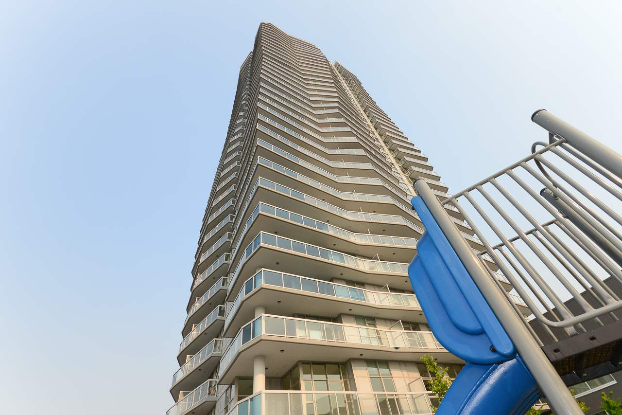 Condo Apartment at 501 11967 80 AVENUE, Unit 501, N. Delta, British Columbia. Image 1