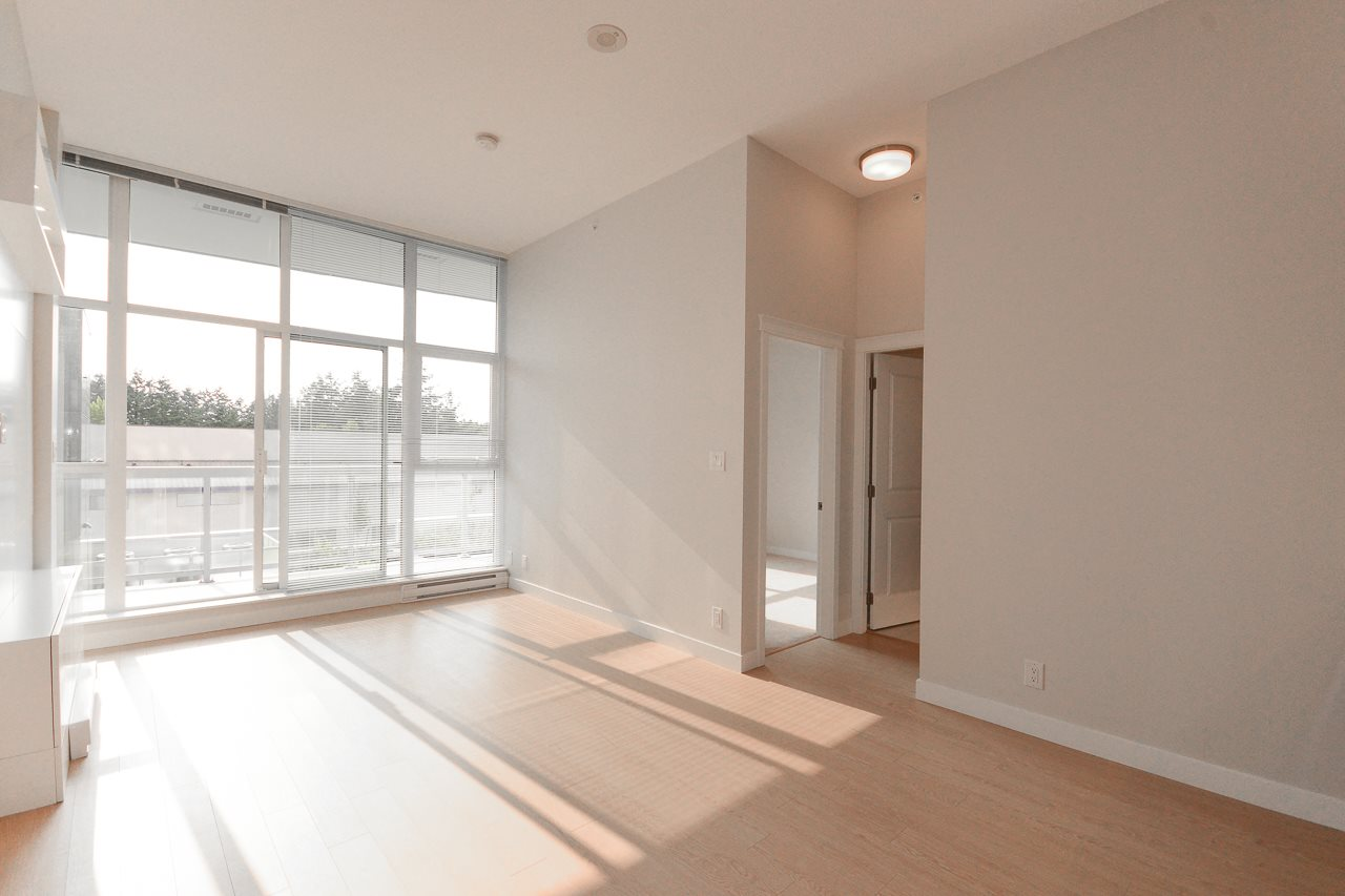 Condo Apartment at 501 11967 80 AVENUE, Unit 501, N. Delta, British Columbia. Image 2