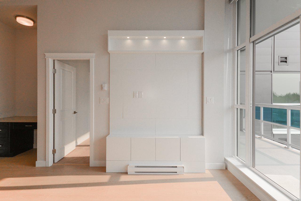 Condo Apartment at 501 11967 80 AVENUE, Unit 501, N. Delta, British Columbia. Image 3