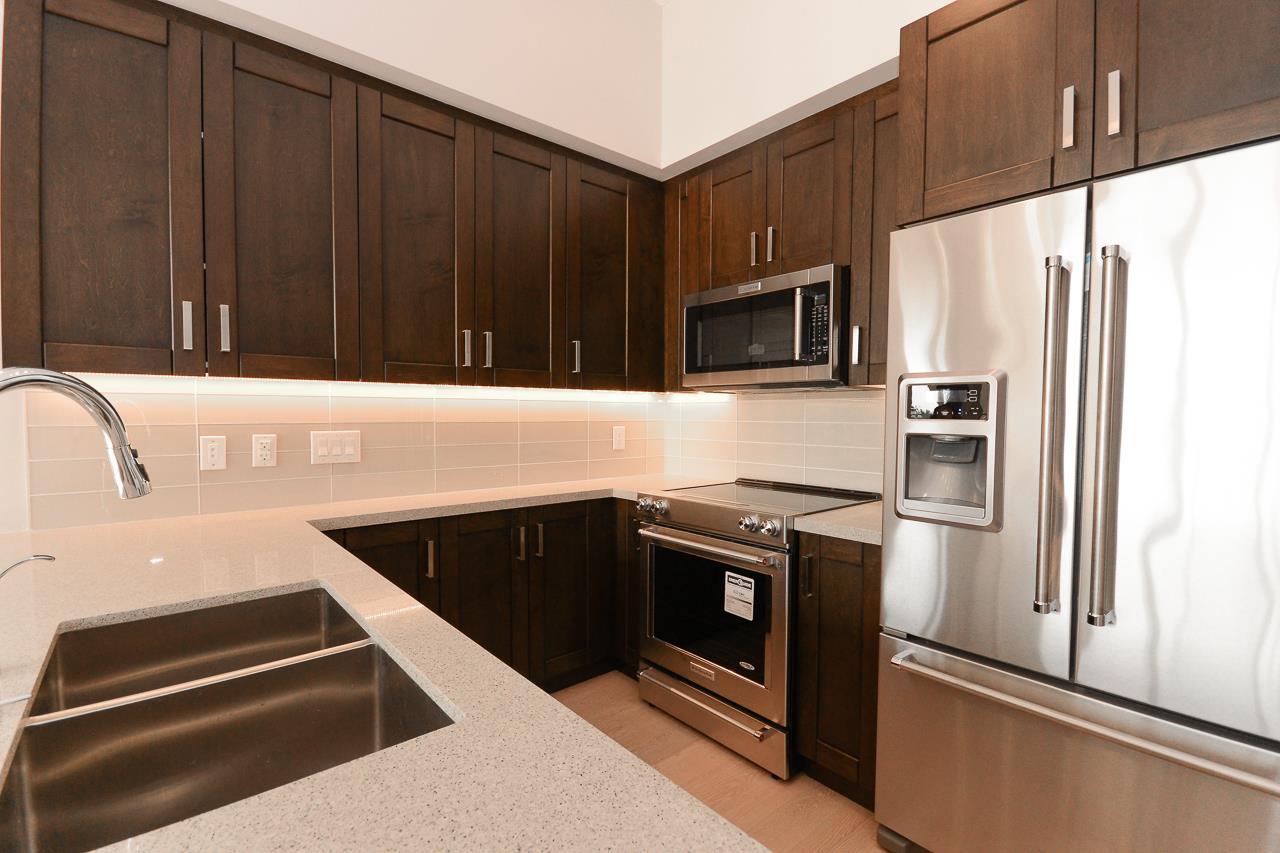Condo Apartment at 501 11967 80 AVENUE, Unit 501, N. Delta, British Columbia. Image 7