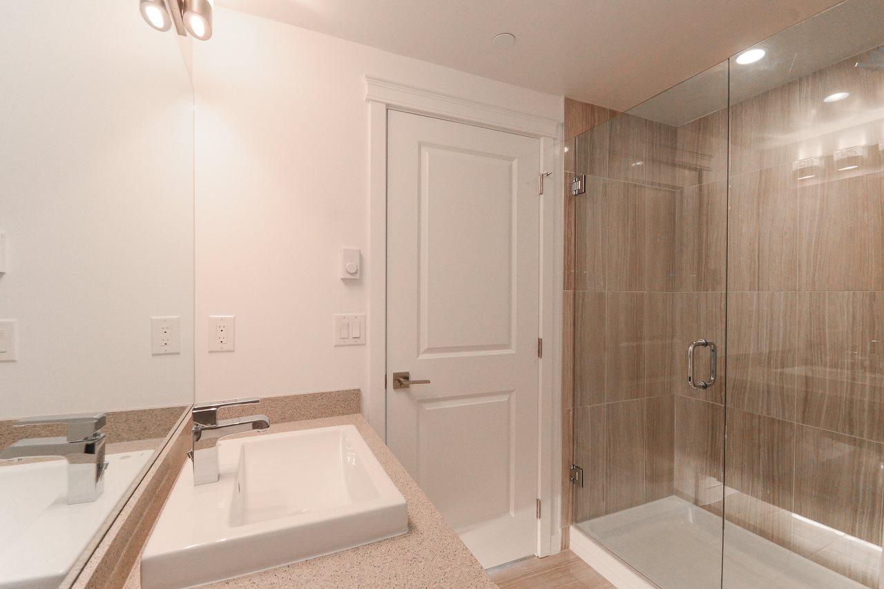 Condo Apartment at 501 11967 80 AVENUE, Unit 501, N. Delta, British Columbia. Image 13