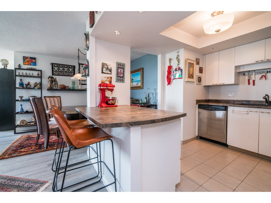 Condo Apartment at 506 1135 QUAYSIDE DRIVE, Unit 506, New Westminster, British Columbia. Image 10