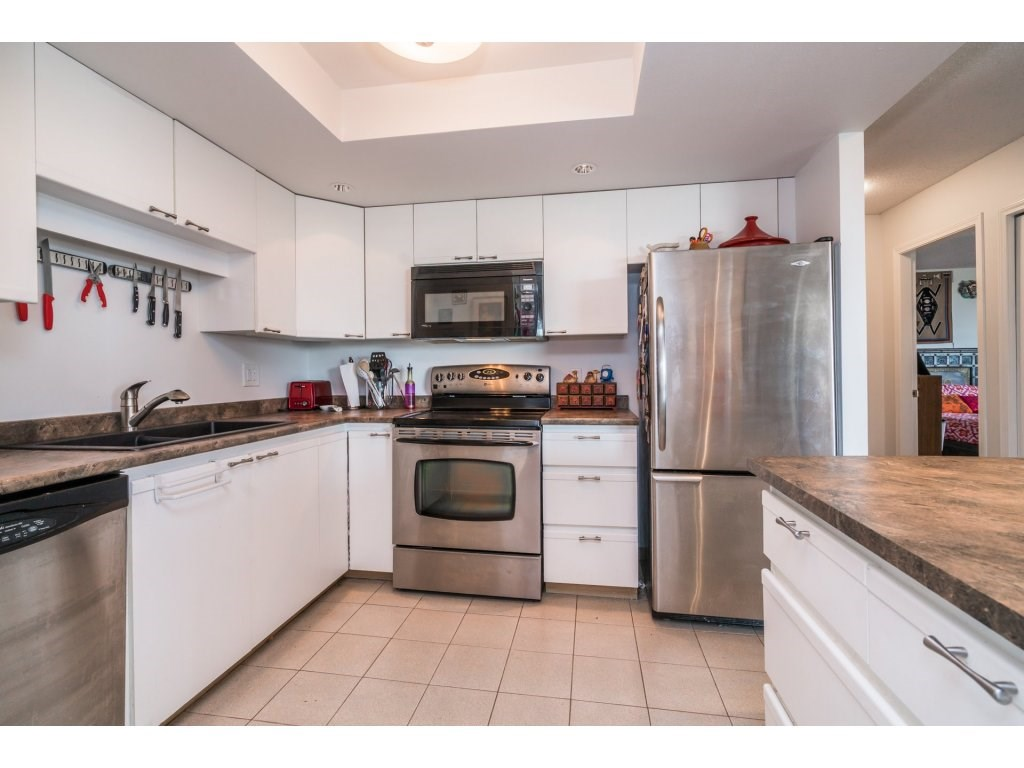 Condo Apartment at 506 1135 QUAYSIDE DRIVE, Unit 506, New Westminster, British Columbia. Image 12