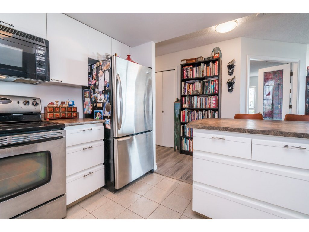 Condo Apartment at 506 1135 QUAYSIDE DRIVE, Unit 506, New Westminster, British Columbia. Image 13