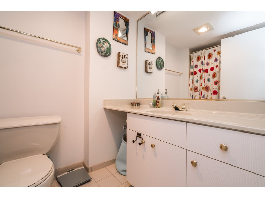Condo Apartment at 506 1135 QUAYSIDE DRIVE, Unit 506, New Westminster, British Columbia. Image 17
