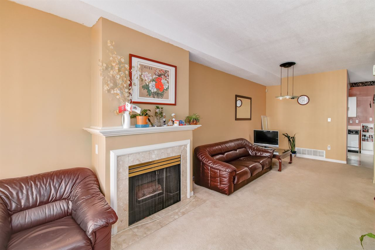 Townhouse at 21 6700 RUMBLE STREET, Unit 21, Burnaby South, British Columbia. Image 4