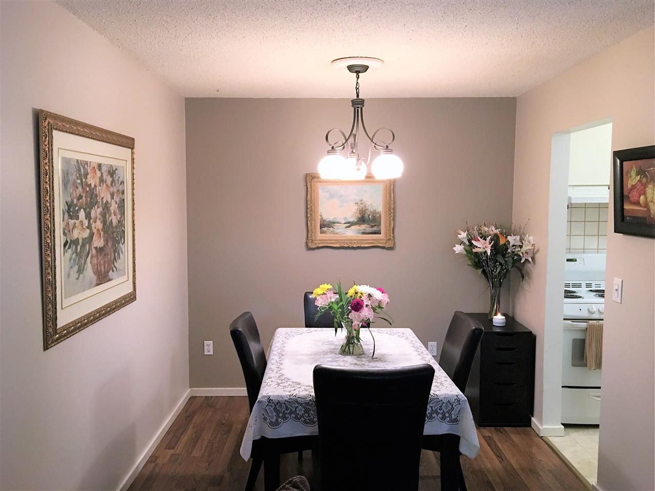 Condo Apartment at 111 200 WESTHILL PLACE, Unit 111, Port Moody, British Columbia. Image 3