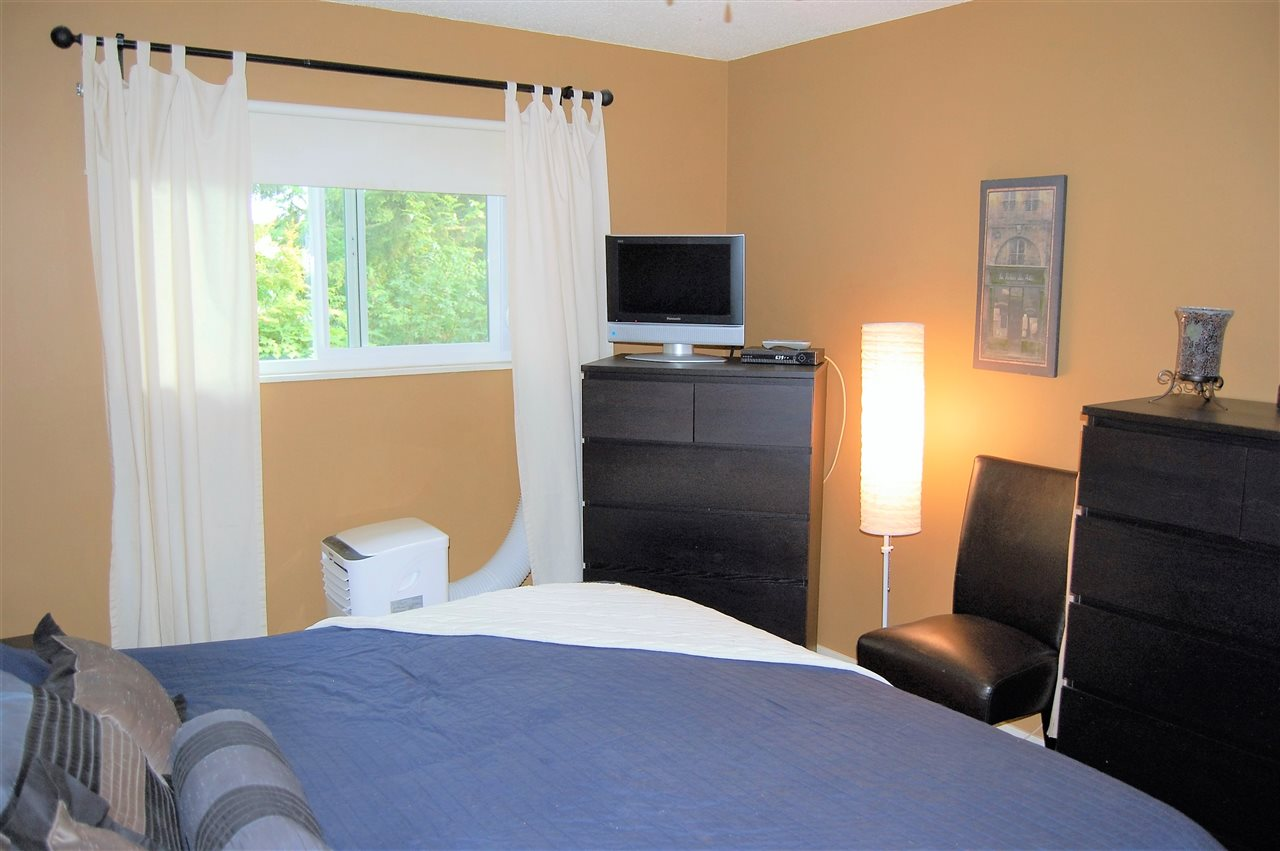 Condo Apartment at 111 200 WESTHILL PLACE, Unit 111, Port Moody, British Columbia. Image 8