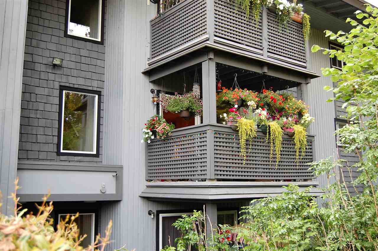 Condo Apartment at 111 200 WESTHILL PLACE, Unit 111, Port Moody, British Columbia. Image 13