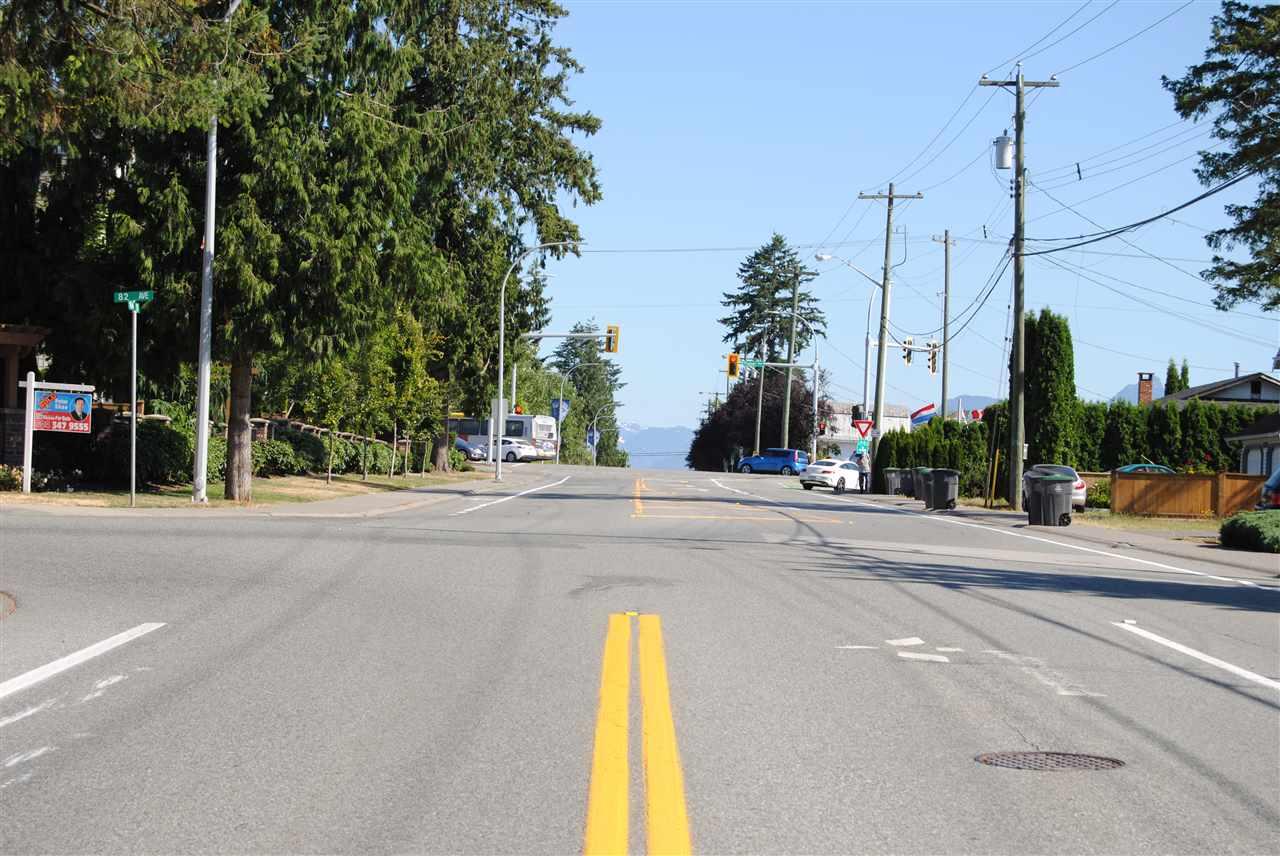 Detached at 16384 82ND AVENUE, Surrey, British Columbia. Image 6
