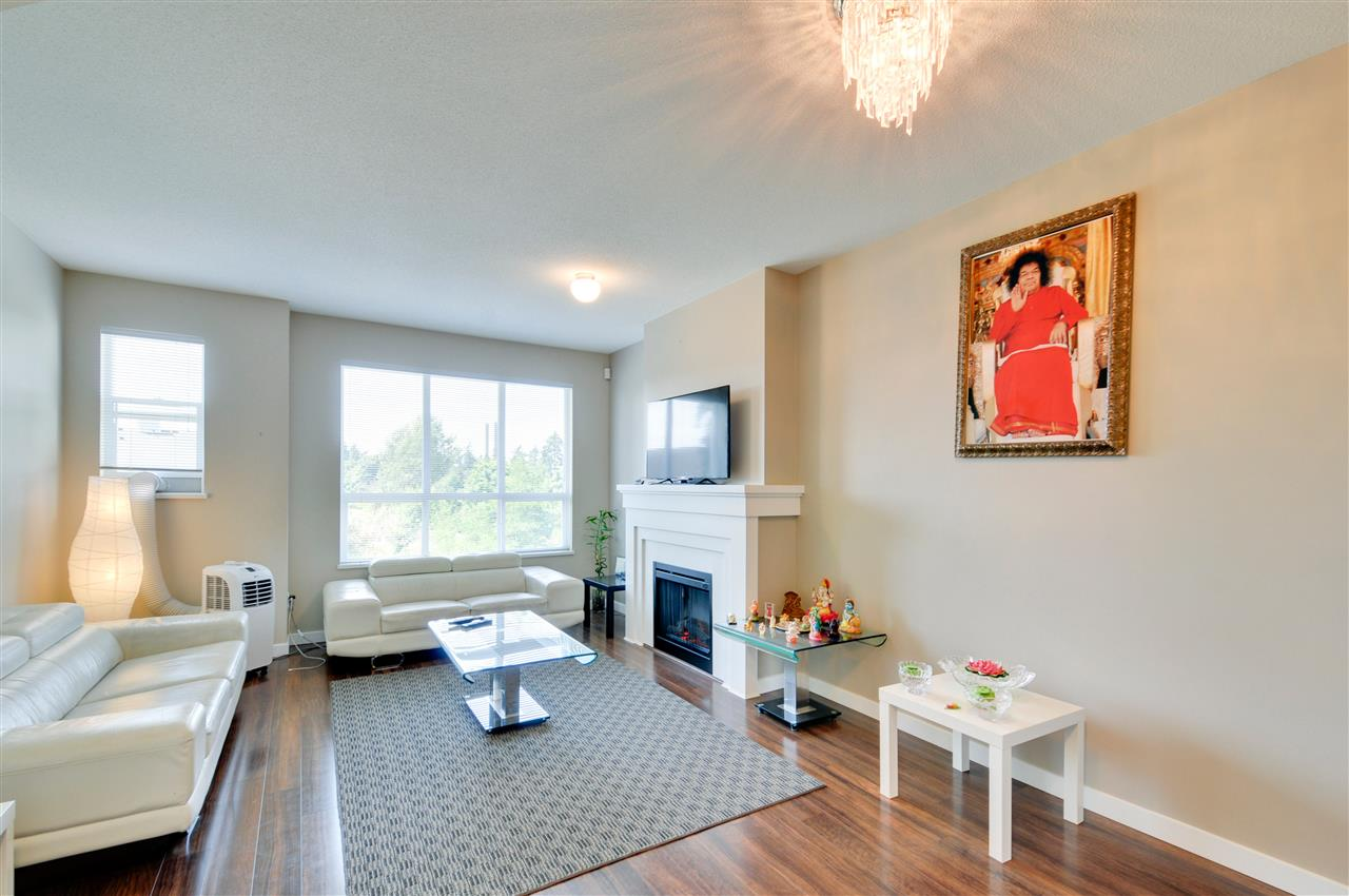Townhouse at 48 8355 DELSOM WAY, Unit 48, N. Delta, British Columbia. Image 2