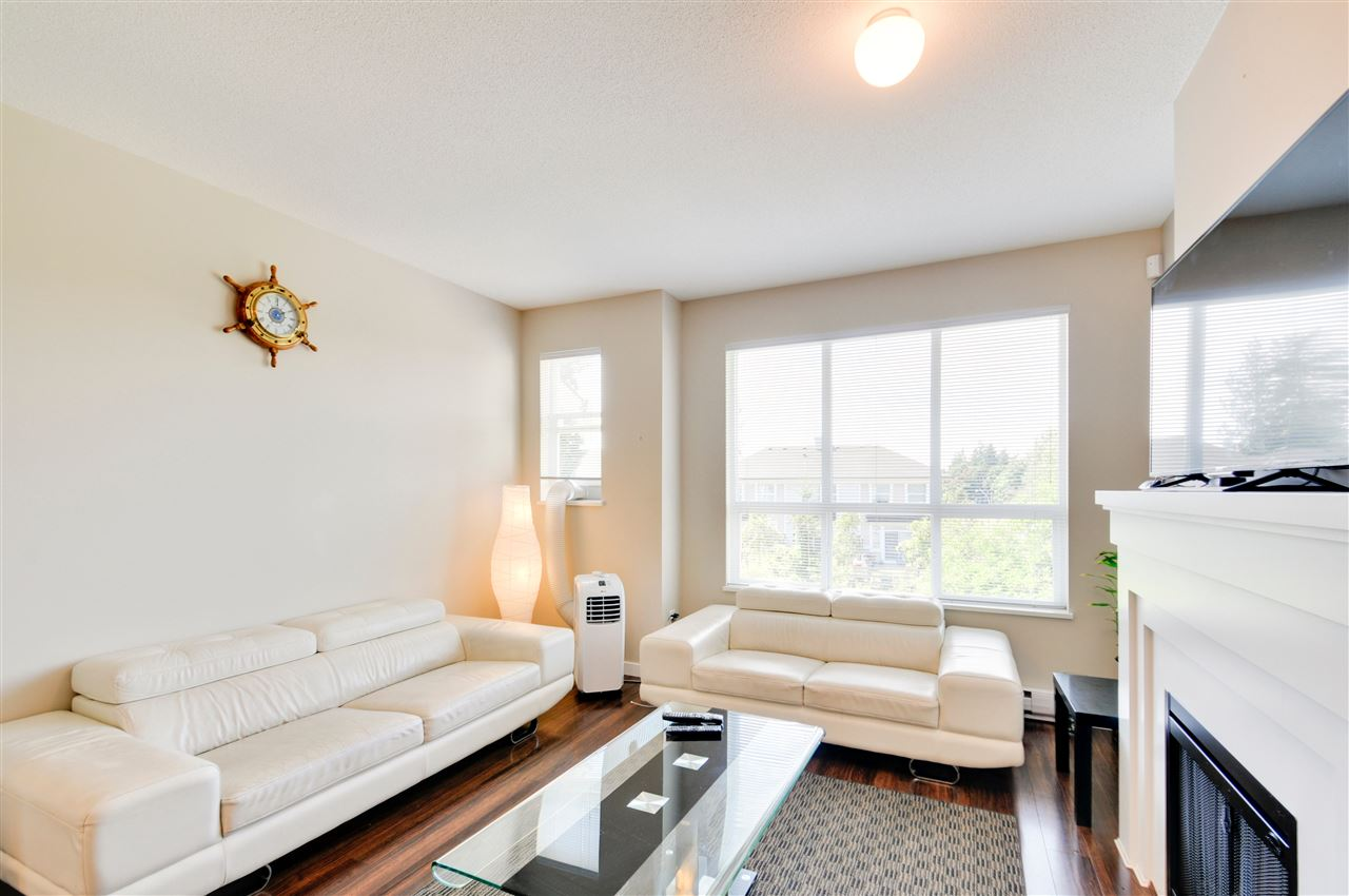 Townhouse at 48 8355 DELSOM WAY, Unit 48, N. Delta, British Columbia. Image 3