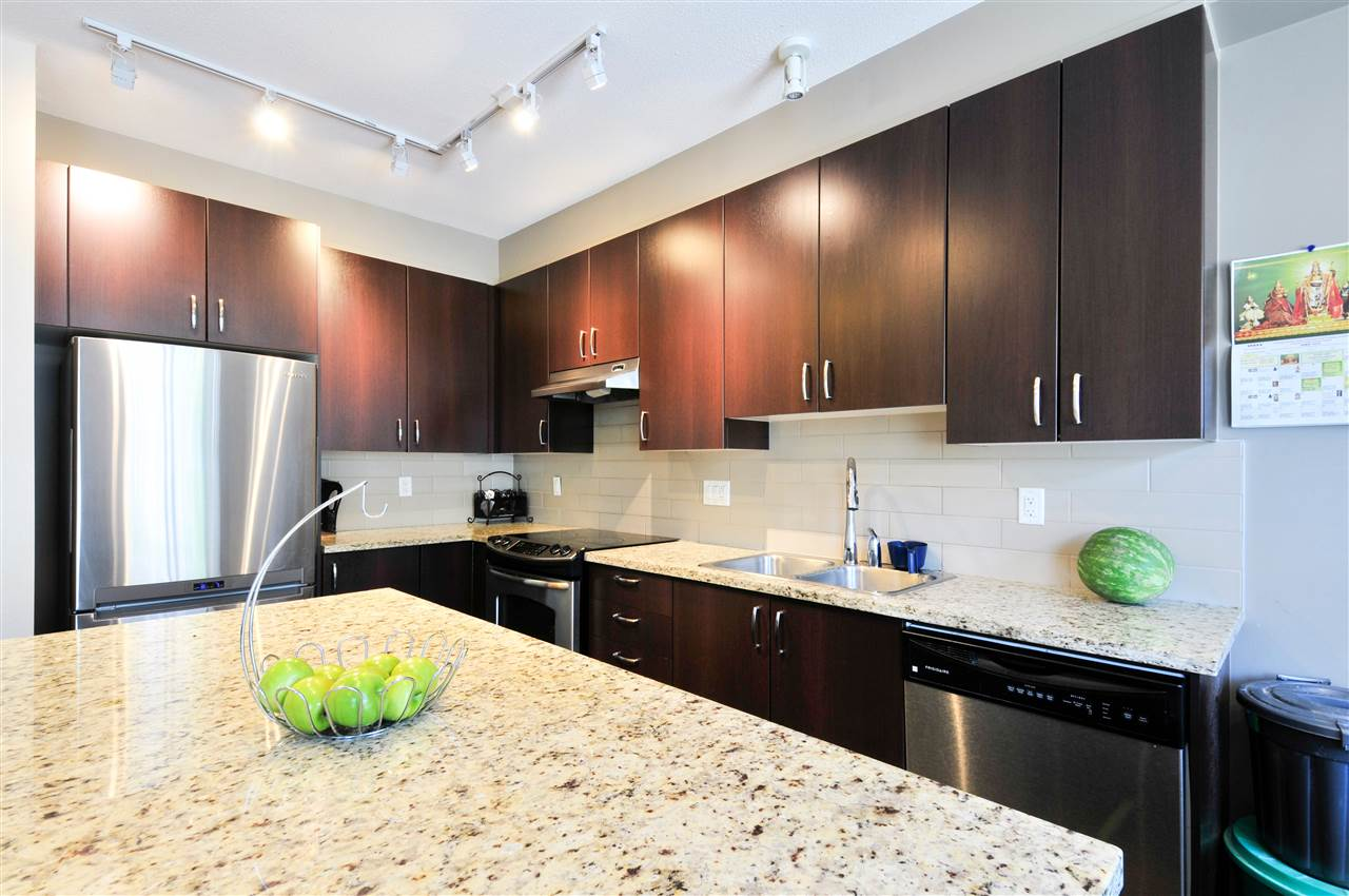 Townhouse at 48 8355 DELSOM WAY, Unit 48, N. Delta, British Columbia. Image 5