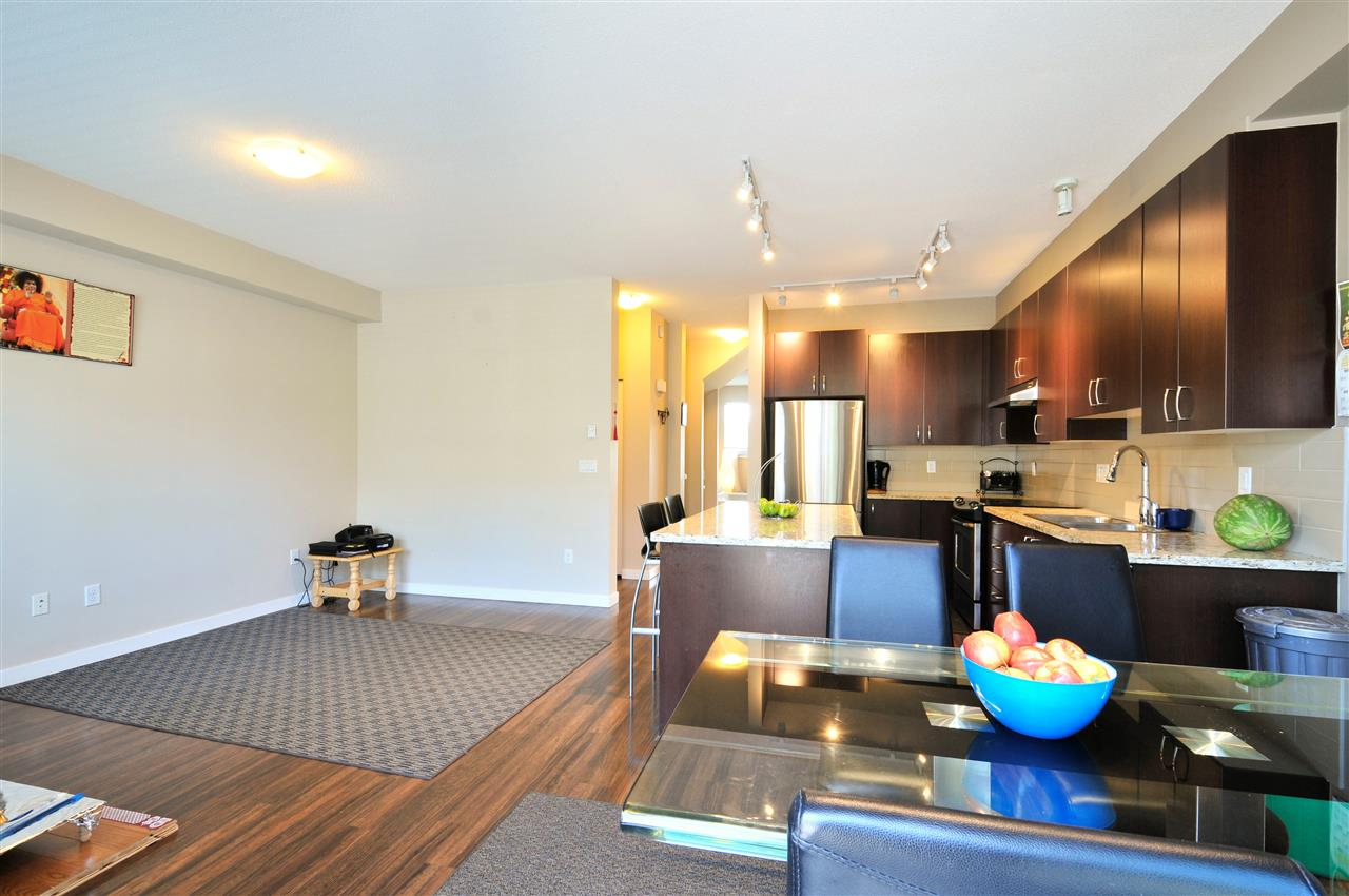 Townhouse at 48 8355 DELSOM WAY, Unit 48, N. Delta, British Columbia. Image 7