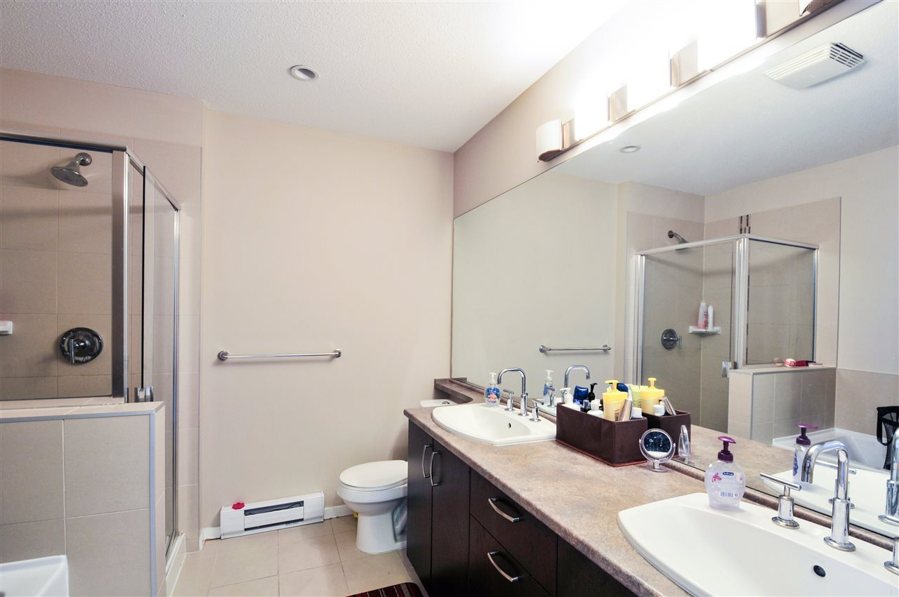 Townhouse at 48 8355 DELSOM WAY, Unit 48, N. Delta, British Columbia. Image 11