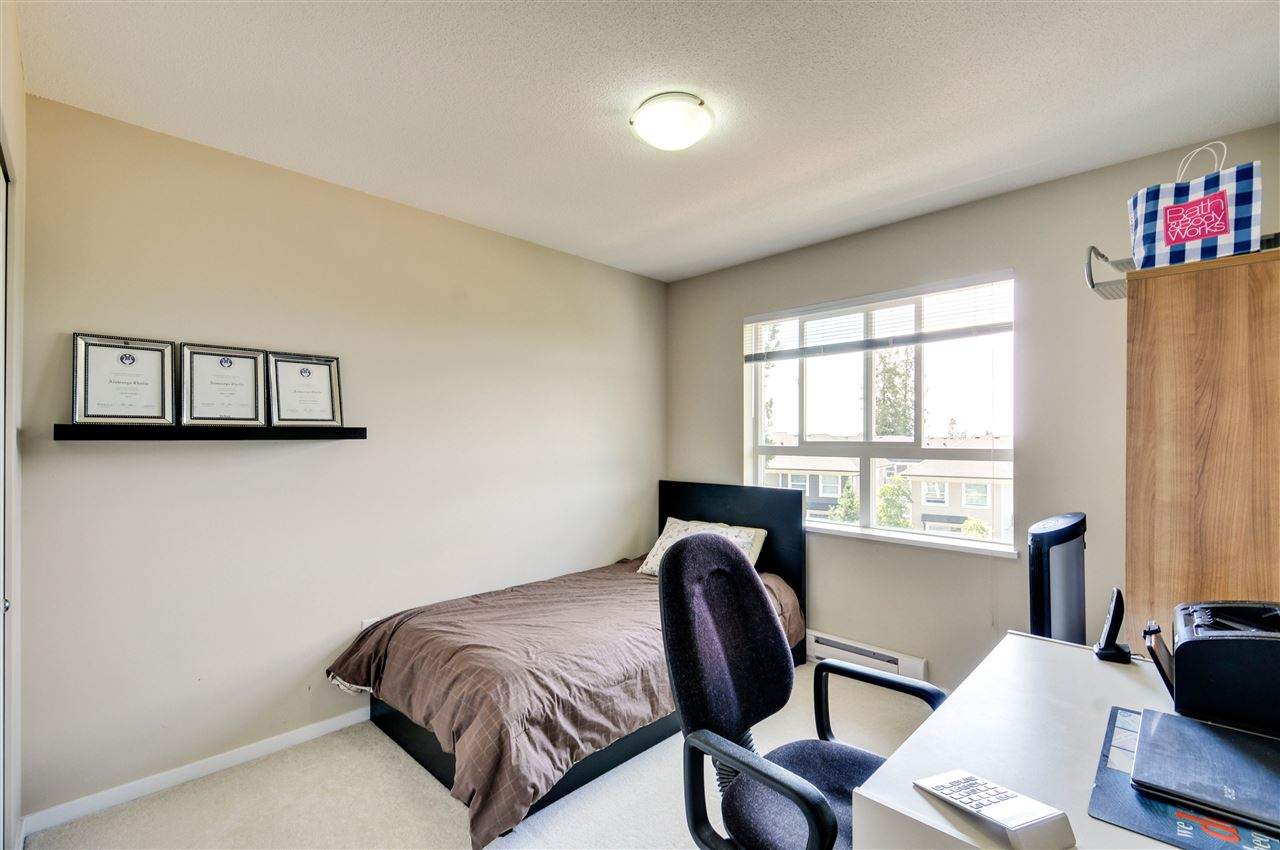 Townhouse at 48 8355 DELSOM WAY, Unit 48, N. Delta, British Columbia. Image 13