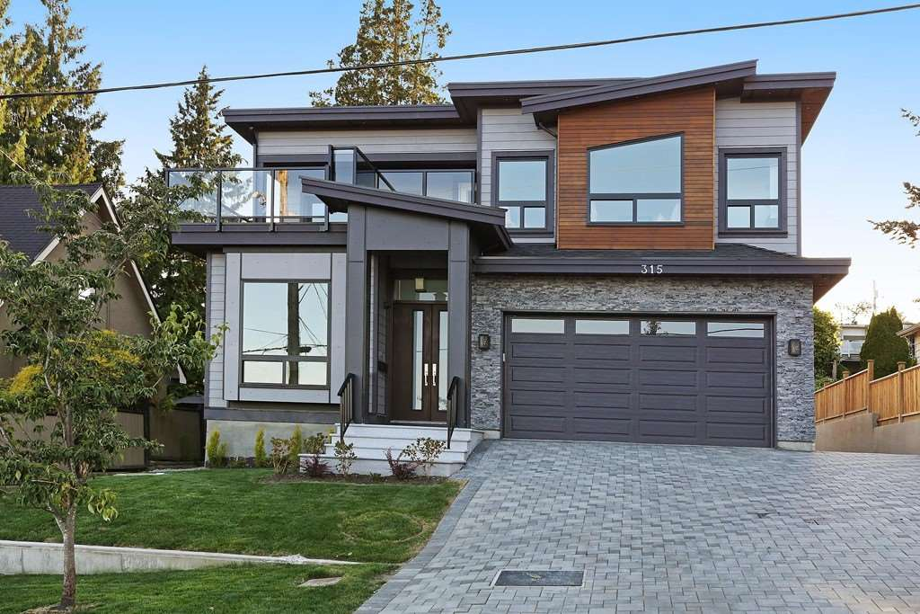 Detached at 315 ARCHER STREET, New Westminster, British Columbia. Image 1