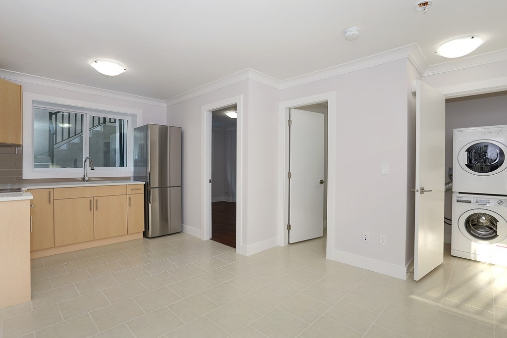 Detached at 315 ARCHER STREET, New Westminster, British Columbia. Image 15