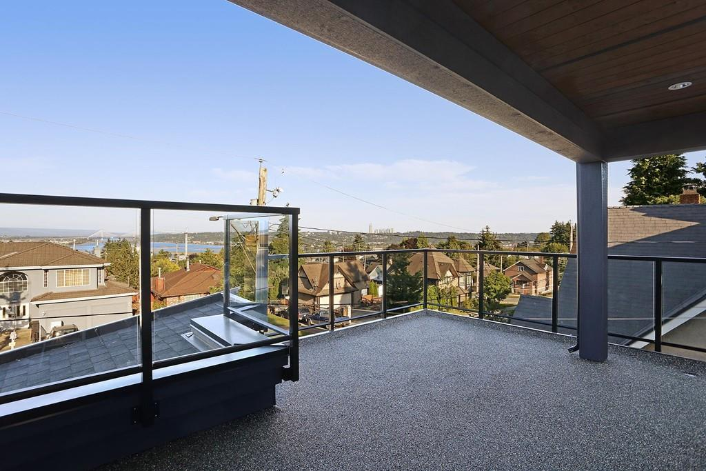 Detached at 315 ARCHER STREET, New Westminster, British Columbia. Image 16