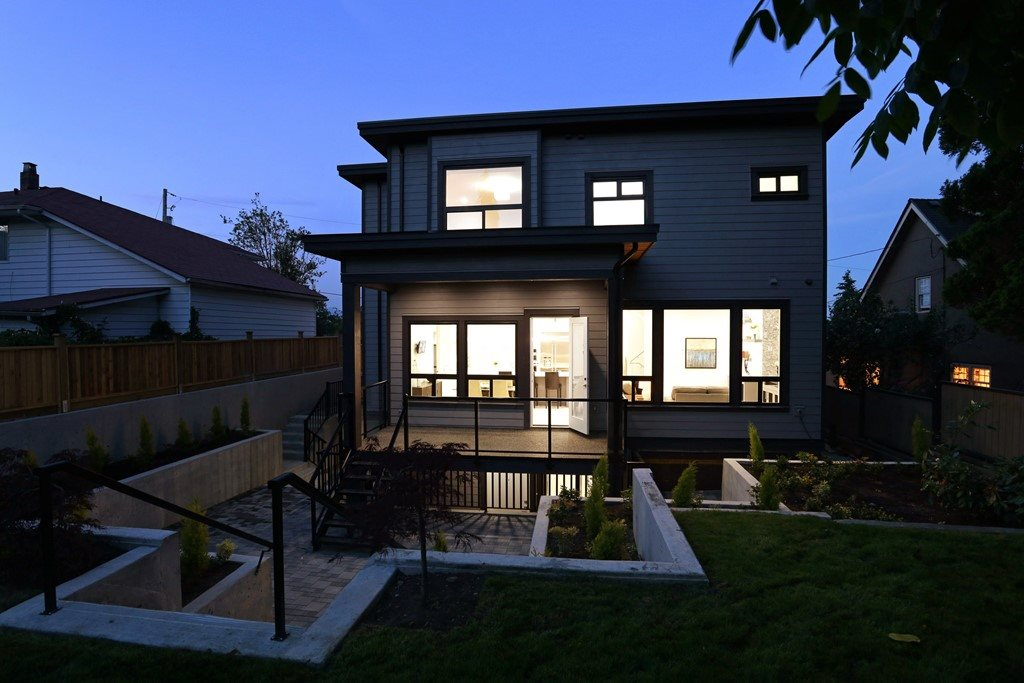 Detached at 315 ARCHER STREET, New Westminster, British Columbia. Image 20