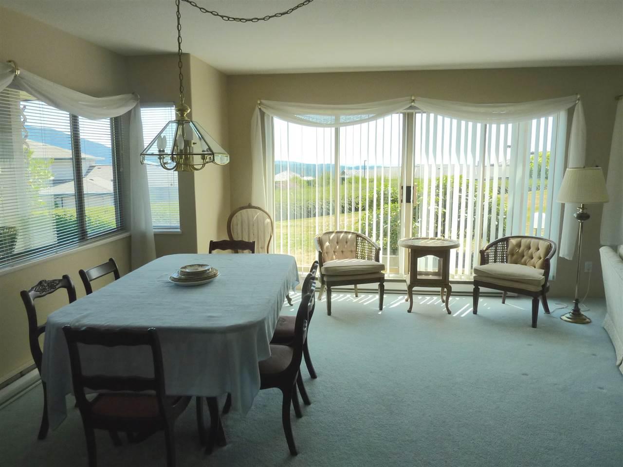 Condo Apartment at 22 555 EAGLECREST DRIVE, Unit 22, Sunshine Coast, British Columbia. Image 5