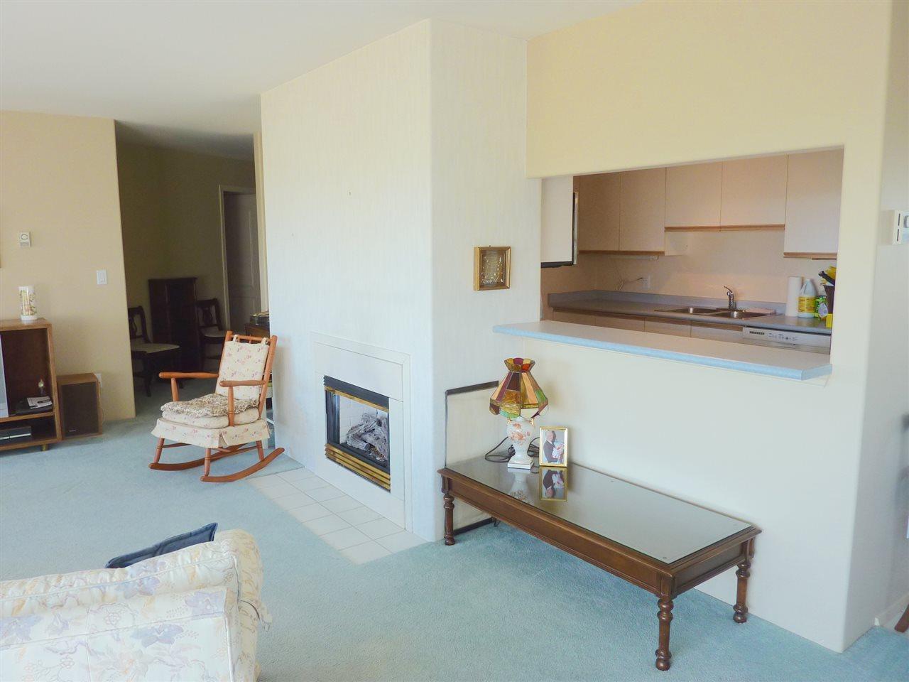 Condo Apartment at 22 555 EAGLECREST DRIVE, Unit 22, Sunshine Coast, British Columbia. Image 8